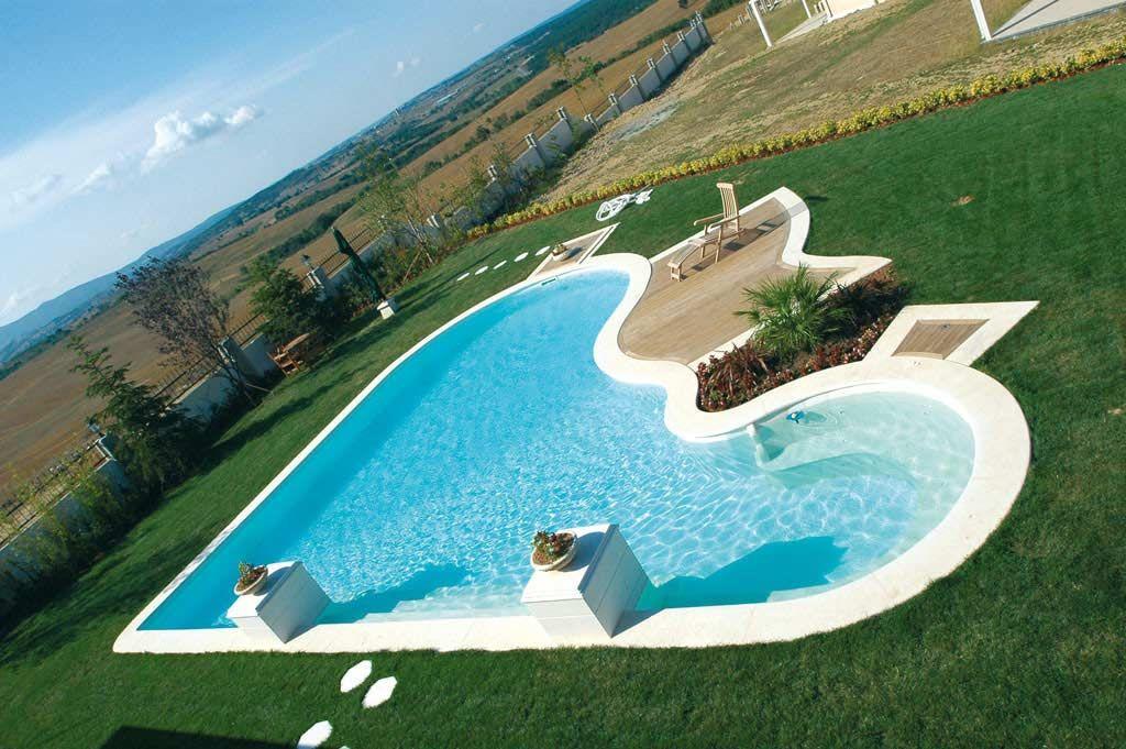 Forma livre piscinas desjoyaux for Formas de piscinas